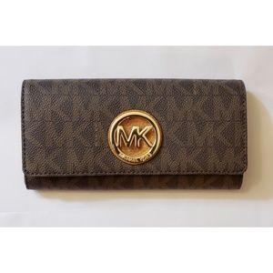 NEW Michael Kors Fulton Flap Continental Wallet